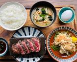 牛ハラミと竜田揚げの定食