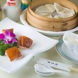 北京ダック 脂質のない、さっぱり型でさくさく、ふんわりと香る贅沢な逸品