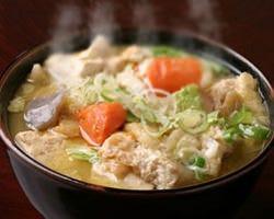 街道名物【けんちんうどん】野菜 豆腐、蒟蒻をたっぷり煮込み