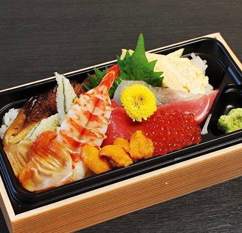当店だからこその 絶品ちらし寿司。