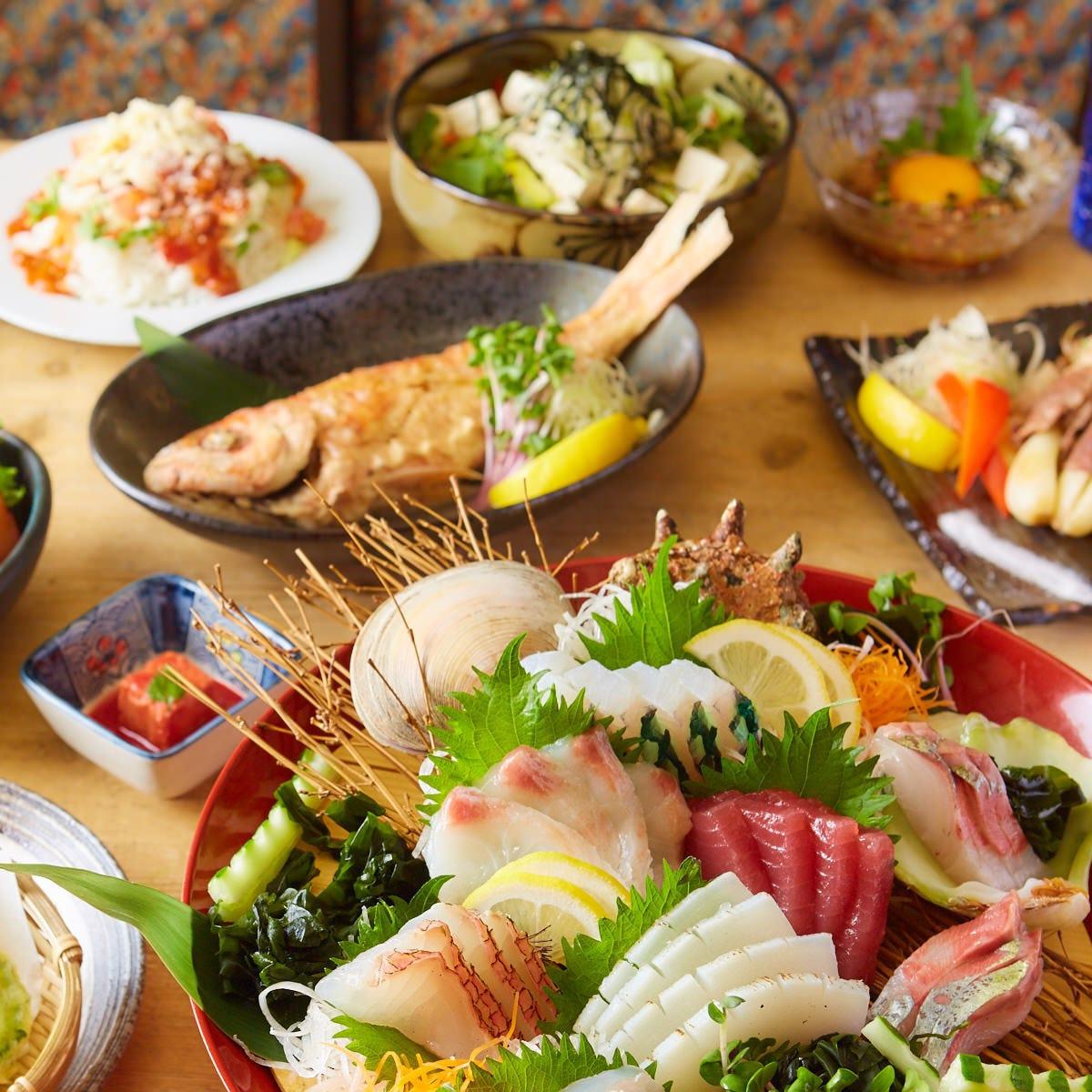 沖縄食材や郷土料理も充実