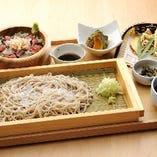 せいろ蕎麦と手桶寿司 旬の天婦羅添え
