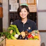 契約農家より届く、朝採れたばかりの新鮮野菜!