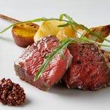肉の旨味が活きる「宮崎・尾崎牛のランプ肉のタリアータ」。