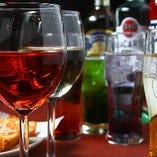 飲み放題は200種類以上ございます。