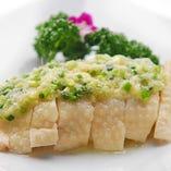 しっとり蒸し鶏の葱生姜ソース