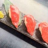 黒毛和牛のあぶり寿司-赤身-