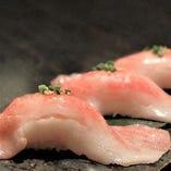 黒毛和牛のあぶり寿司-特上-