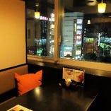 【夜景を望む2~4名様テーブル個室】