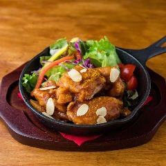 カリヴチキン/Currywurst Chicken Karaage(Mild or Hot)
