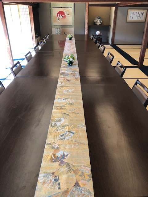 テーブル席・完全個室(壁・扉あり)・25名様~30名様