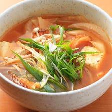 ◆ピリ辛が◎韓国料理も豊富