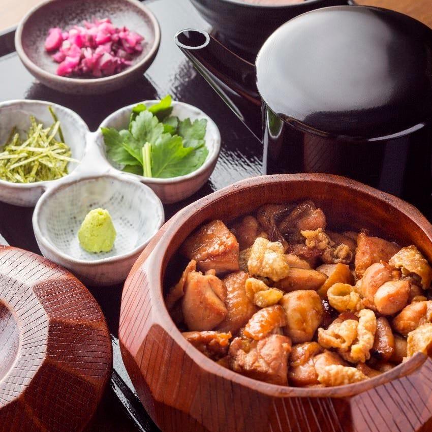 1,000円の絶品鶏料理ランチ