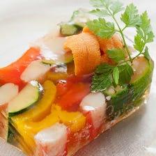 ズワイガニと旬野菜のモザイク