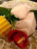 自家製の お豆腐です。ざる豆腐かサラダでどうぞ