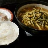 「週替わりのスープ麺セット」