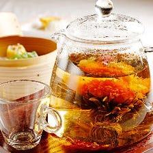 種類豊富な中国茶や自慢の点心を堪能