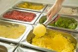ソフトドリンクバーで本格アイス&ジェラート食べ放題実施中