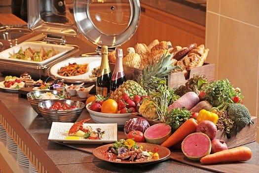 【秋の豪華ディナービュッフェ】3,900円(税込)前菜からデザートまでお腹いっぱい秋ビュッフェ