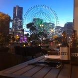 みなとみらいの素敵な夜景×ビール