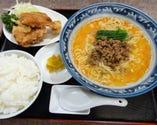 坦々麺・唐揚ランチ