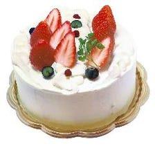 お誕生日や記念日にホールケーキが◎