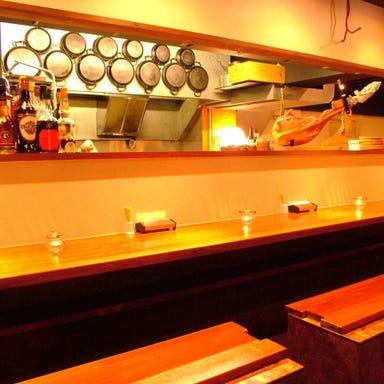 スペイン料理 トレス  店内の画像