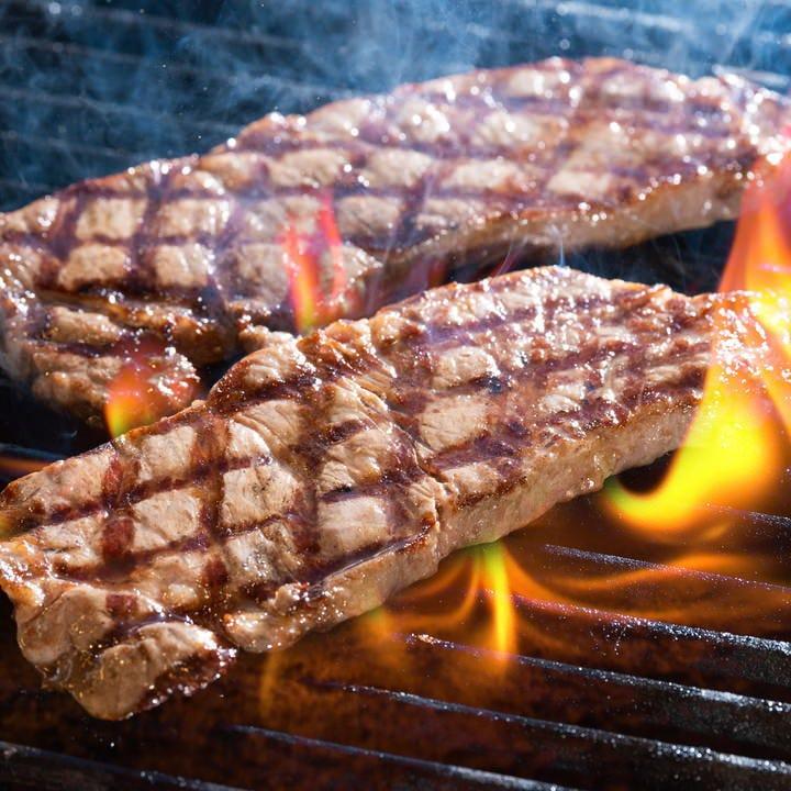 肉料理がおすすめのディナー!
