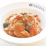 SAI&Co.たっぷり野菜のトマトソース  サラダ付