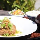 和風おろしハンバーグ定食  ご飯 味噌汁 サラダ付