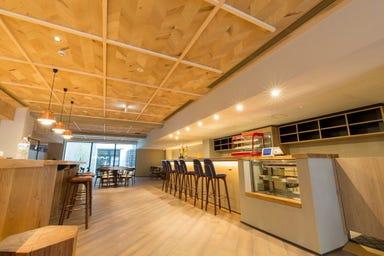 カフェキッチンバー ツナグ 御所南店 店内の画像