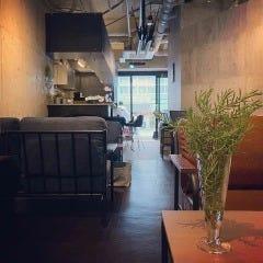 kokoFLAT cafe 本町