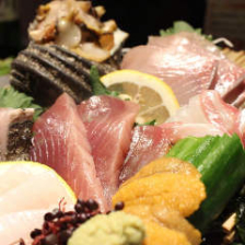 漁師直送の仕入れが自慢の新鮮食材