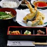 <ランチ>大和野菜と海老の天ぷら膳 1,280円