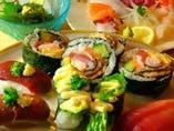 海鮮巻、鰻や海老が入って美味しい、