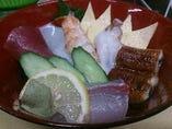 海鮮丼780円(税抜) 人気