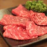 飲み放題付き焼肉食べ放題コースは3500円とリーズナブルに提供!