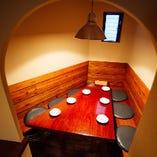 【半個室】 6名様用半個室はおこもり感たっぷりの人気のお席