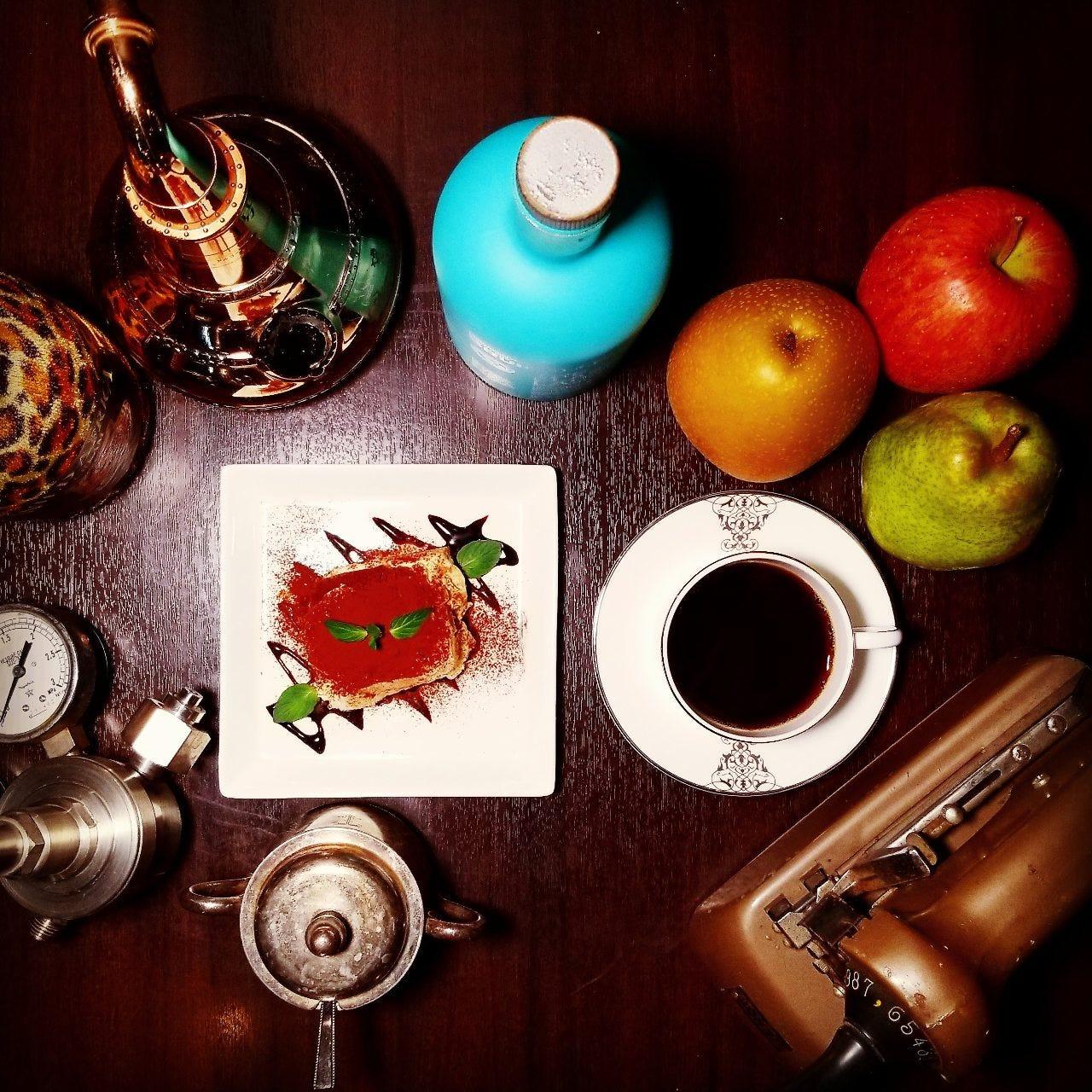 こだわりのコーヒーと自家製スイーツ