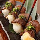 ◆仕込みに2日かける牛タン料理!おすすめの牛タンのにぎり寿司