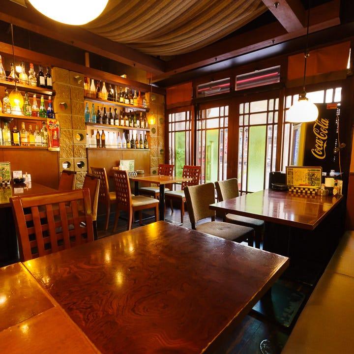 カフェ~居酒屋~BARの七変化!