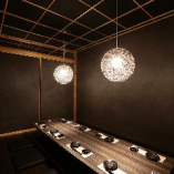 6名様用の個室完備。大切な会合や気の合う仲間との飲み会に最適