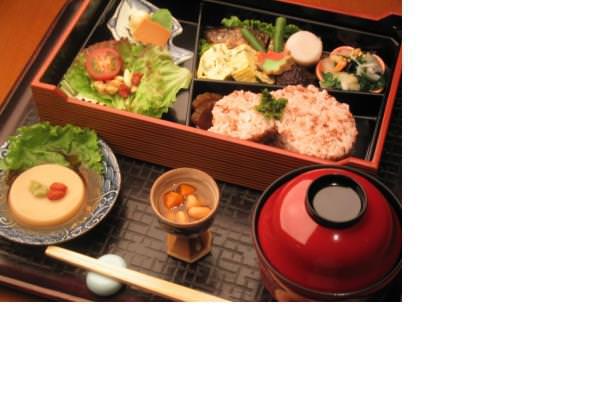 和風味で食べやすい和風創作薬膳料理