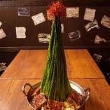 高高高★ニラタワー肉鍋
