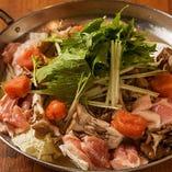 鶏肉と明太子のとろろチーズぶっかけ鍋