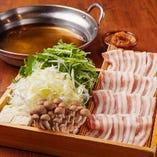 豚肉×梅肉 三元豚と水菜の梅しゃぶしゃぶ