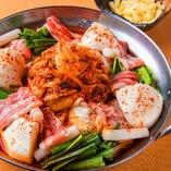 韓国×イタリア チゲモッツァレラチーズ鍋