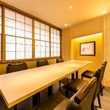 《完全個室》プライベートな空間で握りを堪能