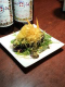 和風ソースを合わせた斬新なひと皿アボカドとミモレットチーズ