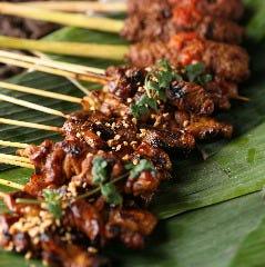 バリを代表する庶民的な串焼き